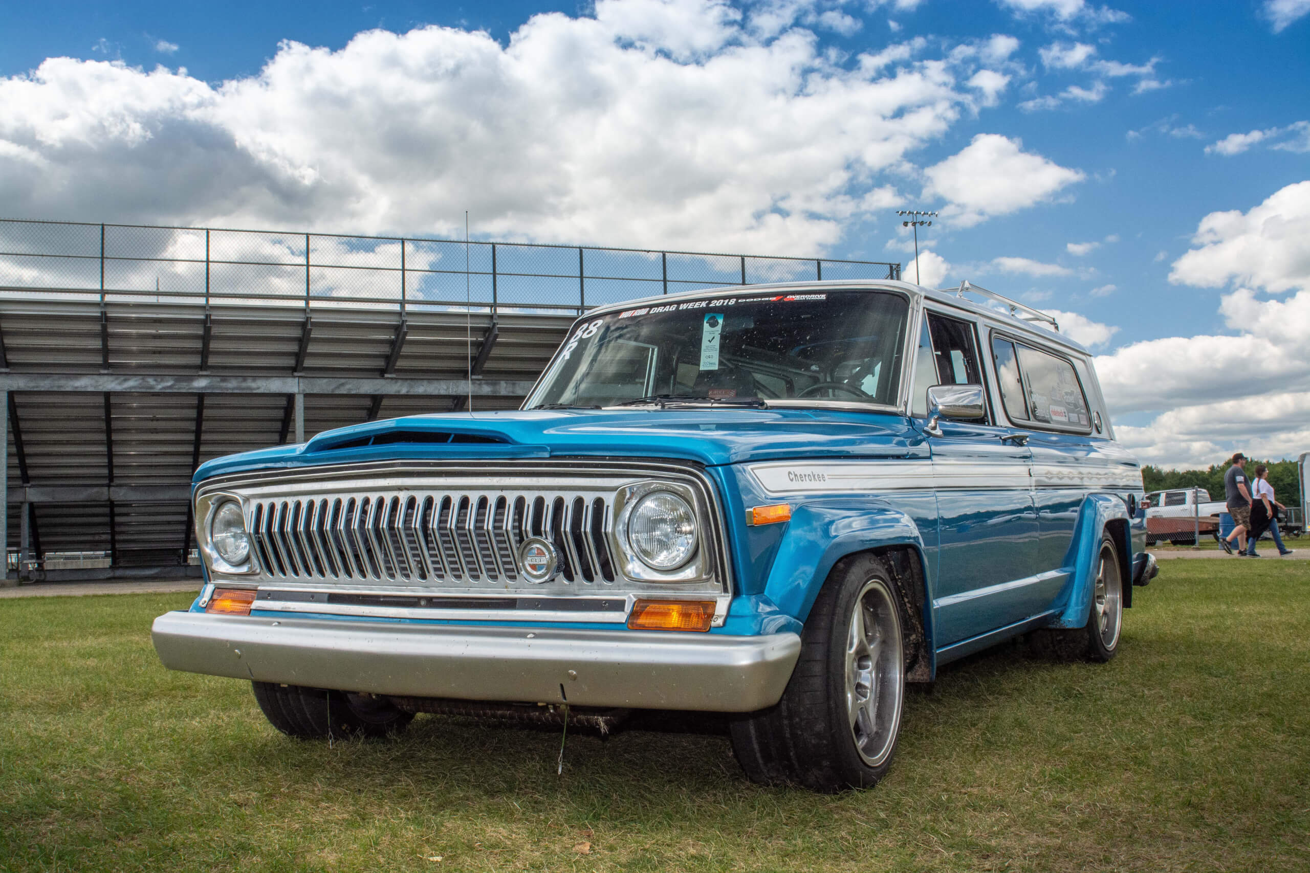 This Jeep Has A HEMI, Autocrosses And Runs 10.30s. It Tows, Too.