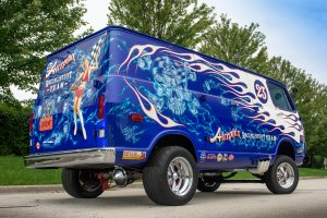 This Daring Stunt Van Hauls Loads of Lifelike Pop-Culture