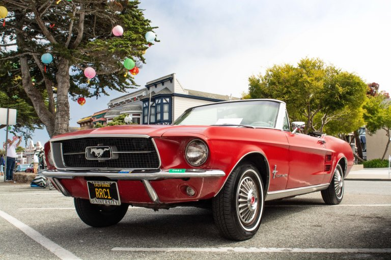 This Mustang's Strongest Selling Points Were It Being a Ford And a Convertible