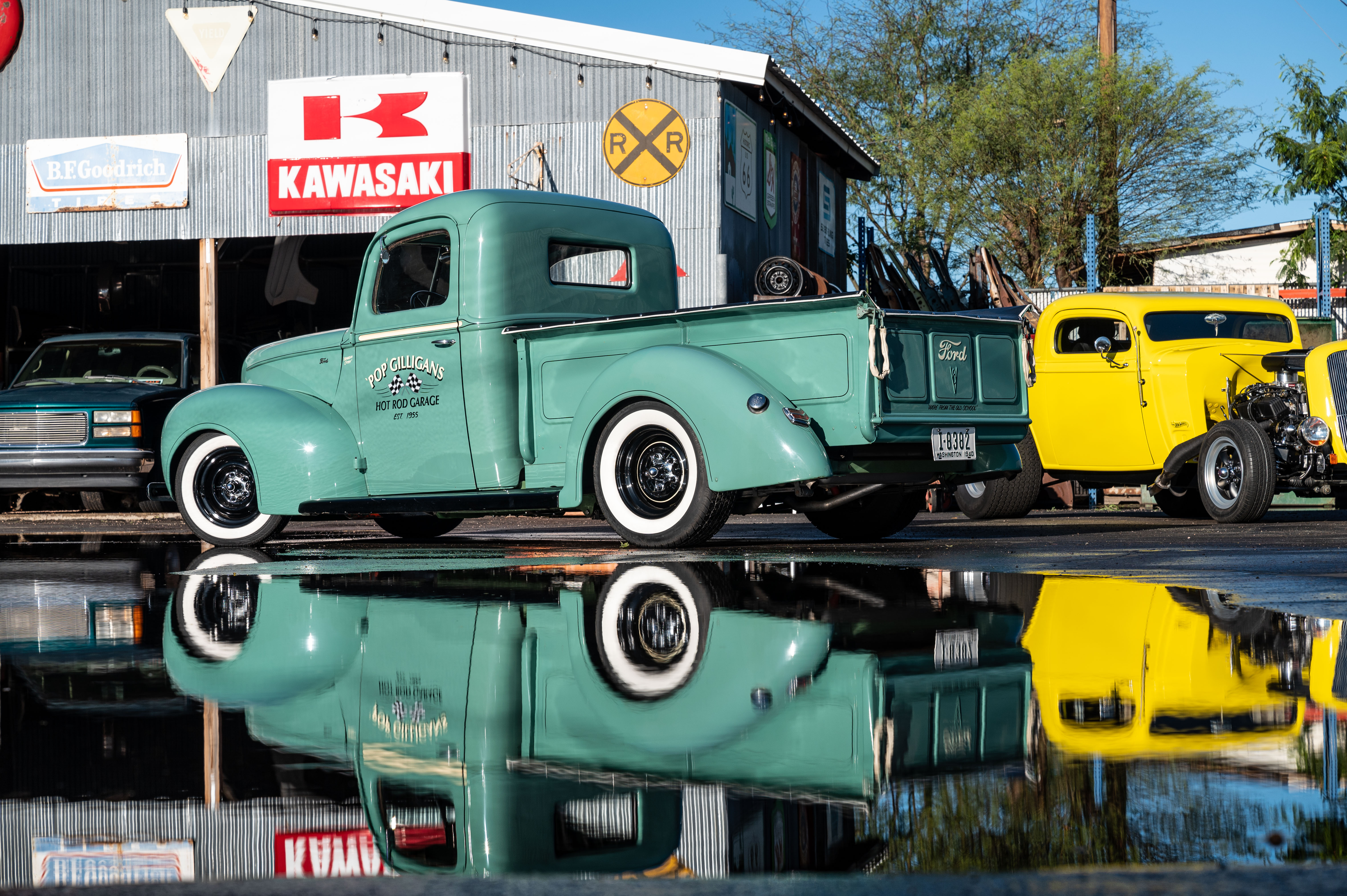 Paul 'Pop' Gilligan built this 1940 Ford pickup with a vintage shop truck vibe.